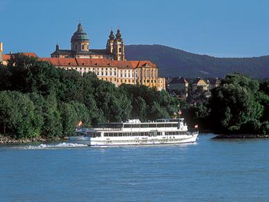Romantisch Donaudal (Wachau met autobus en schip)